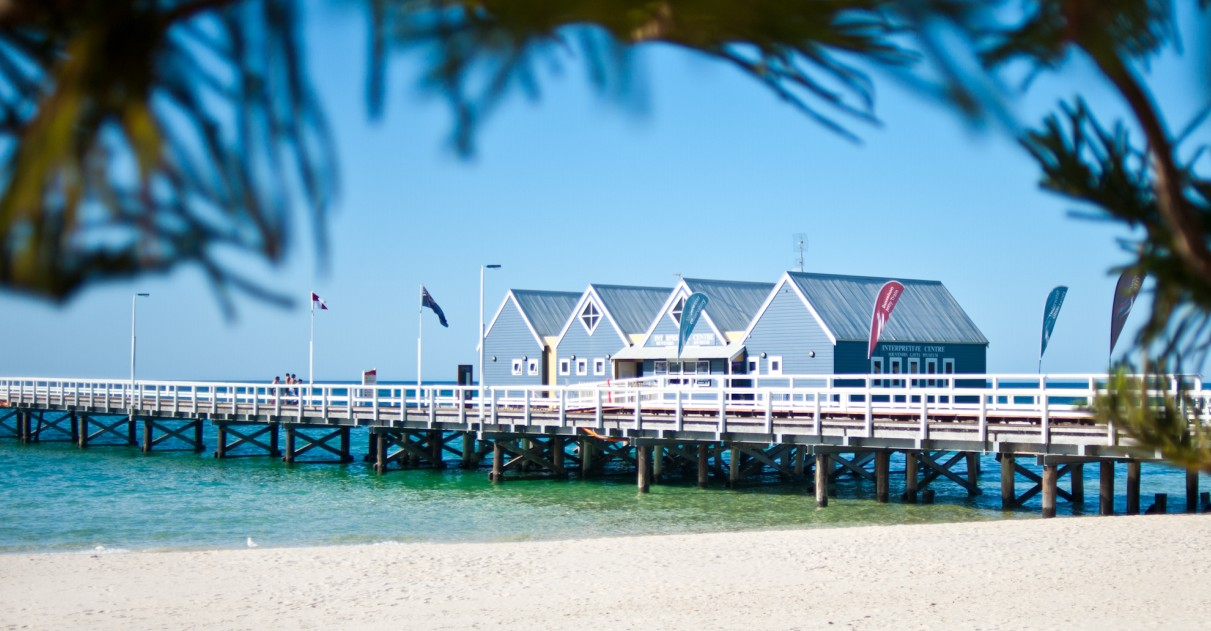Busselton Jetty  Underwater Observatory Tour - Accommodation Mount Tamborine