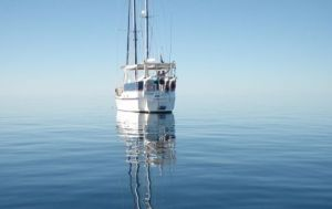 A Whitsunday Luxury Sailing Holiday - Accommodation Mount Tamborine