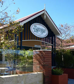 Lakers Tavern - Accommodation Mount Tamborine