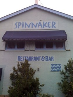 Spinnaker Restaurant and Bar - Accommodation Mount Tamborine