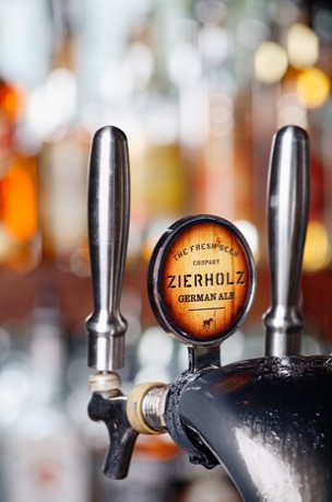 Zierholz Premium Brewery - Accommodation Mount Tamborine