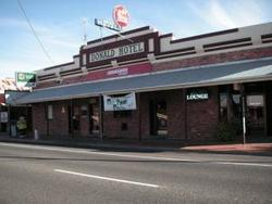 Donald Hotel - Accommodation Mount Tamborine