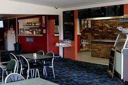 Greenwell Point Hotel - Accommodation Mount Tamborine