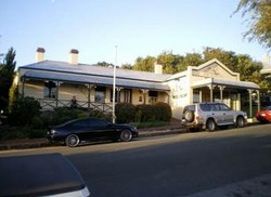 Earl of Spencer Historic Inn - Accommodation Mount Tamborine