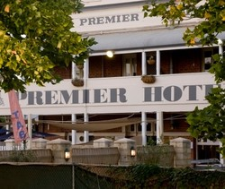 Premier Hotel - Accommodation Mount Tamborine