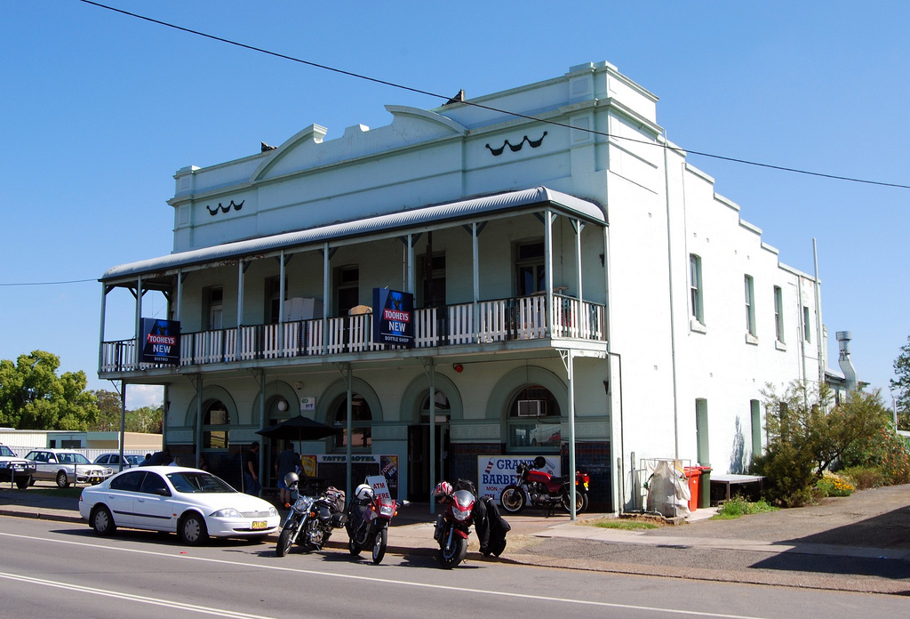 Tattersalls Hotel - Accommodation Mount Tamborine