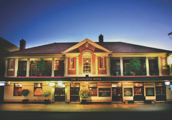 Tamworth Hotel - Accommodation Mount Tamborine