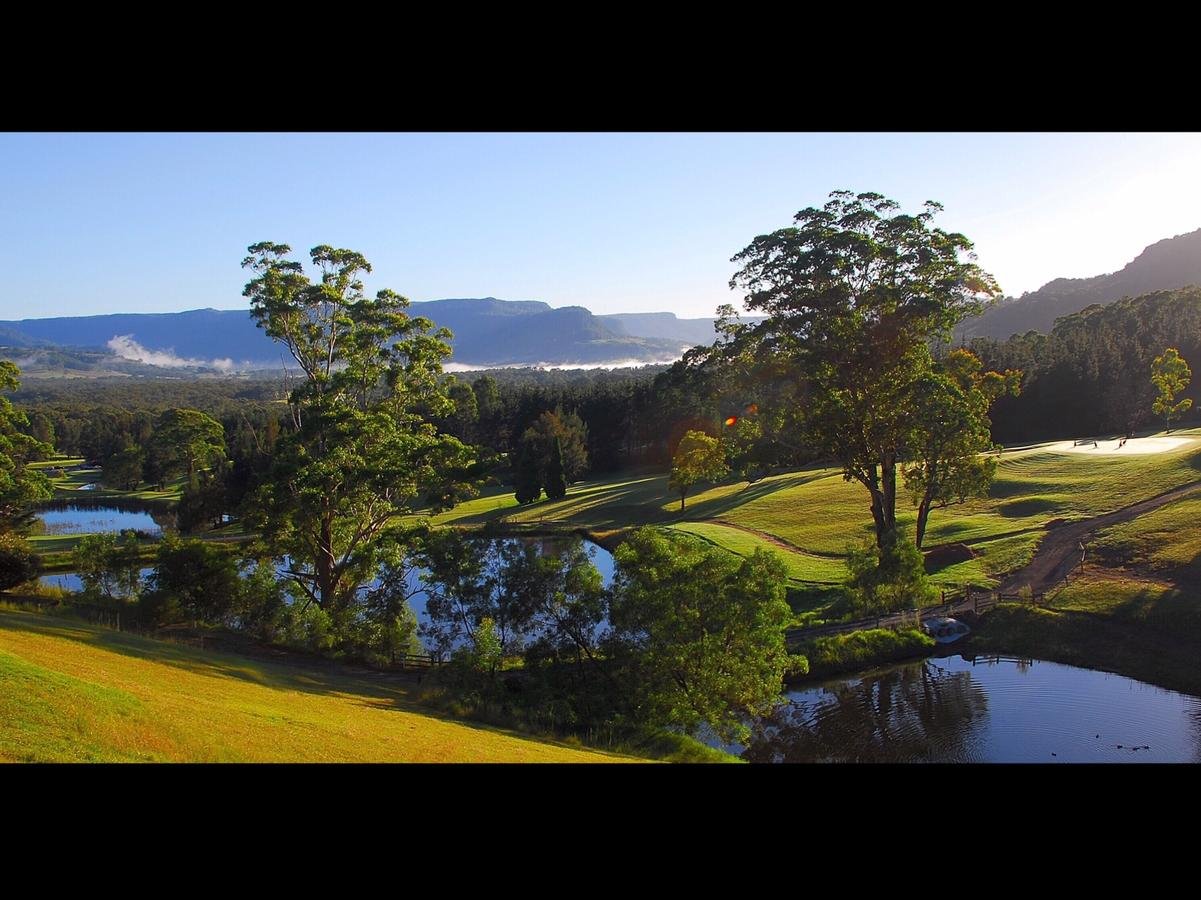 SkyView Villa - Accommodation Mount Tamborine