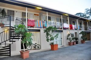 Sundial Holiday Units - Accommodation Mount Tamborine