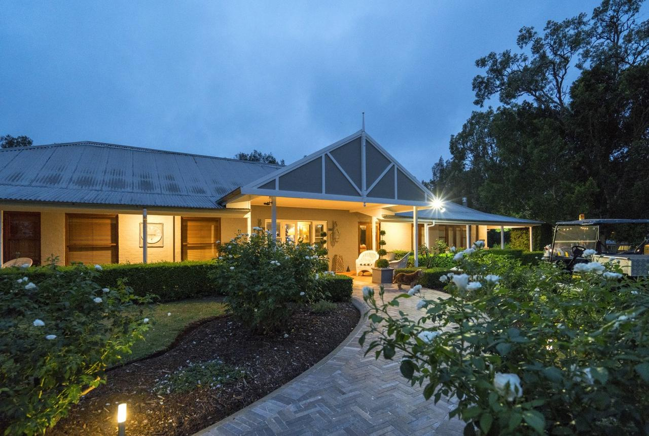 Thistle Hill Guesthouse - Accommodation Mount Tamborine