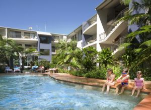 Flynns Beach Resort - Accommodation Mount Tamborine