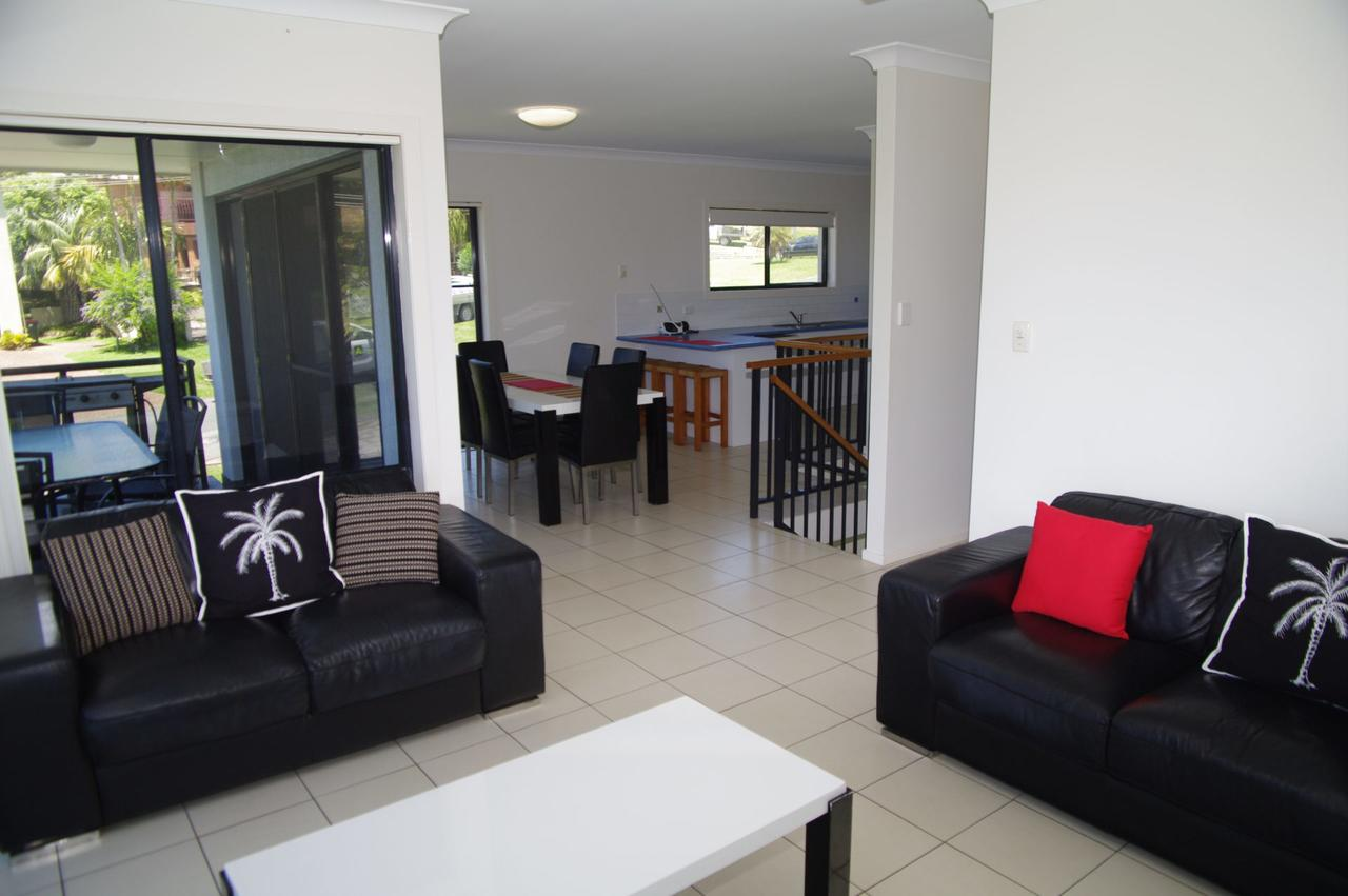 Breakaway 11 Scott Street - Accommodation Mount Tamborine