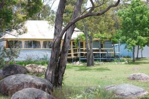 Twisted Gum Vineyard Cottage - Accommodation Mount Tamborine
