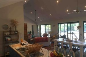 Valley Views Lodge Port Douglas - Accommodation Mount Tamborine